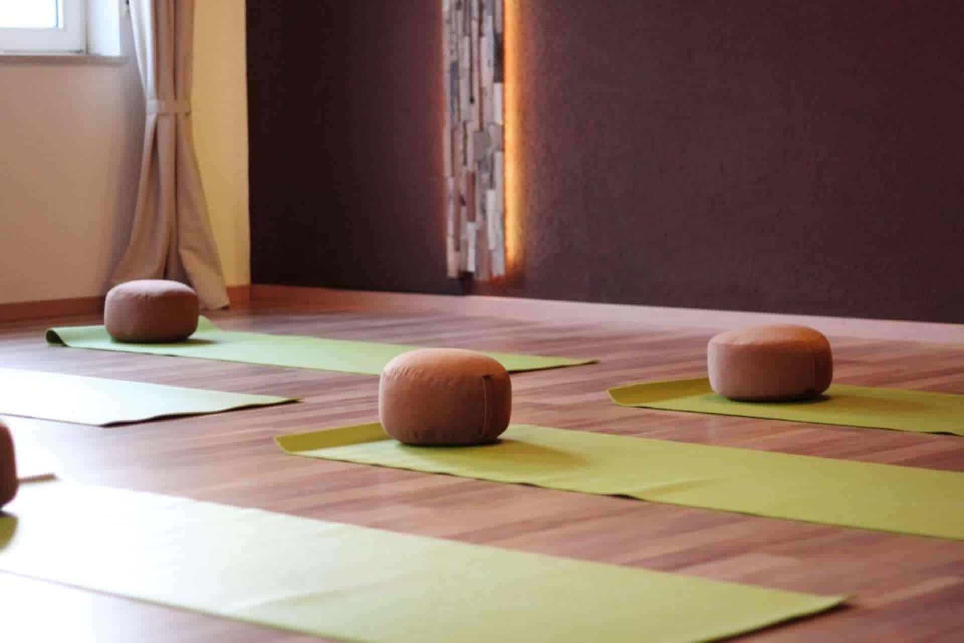 Freiraum Yogaraum Schwalbach Yogaraum Matten